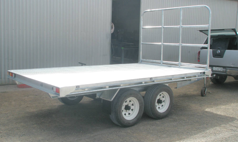 Flat Top Trailer - Electric Brakes on all axles